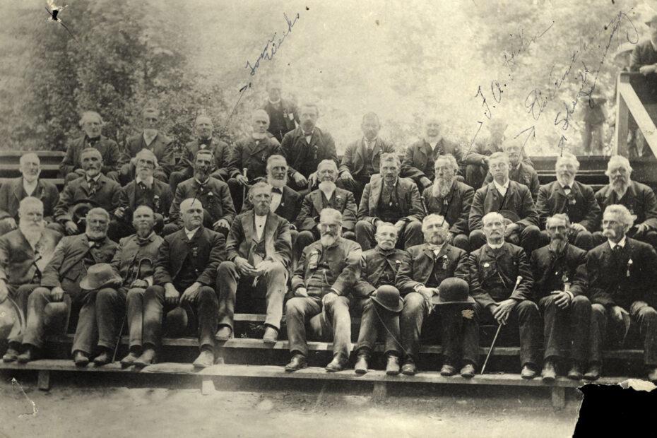 Santa Cruz pioneers